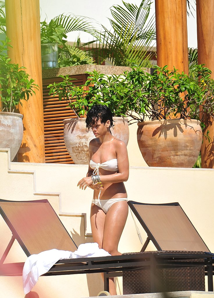 Bikini Photos of Rihanna in Mexico